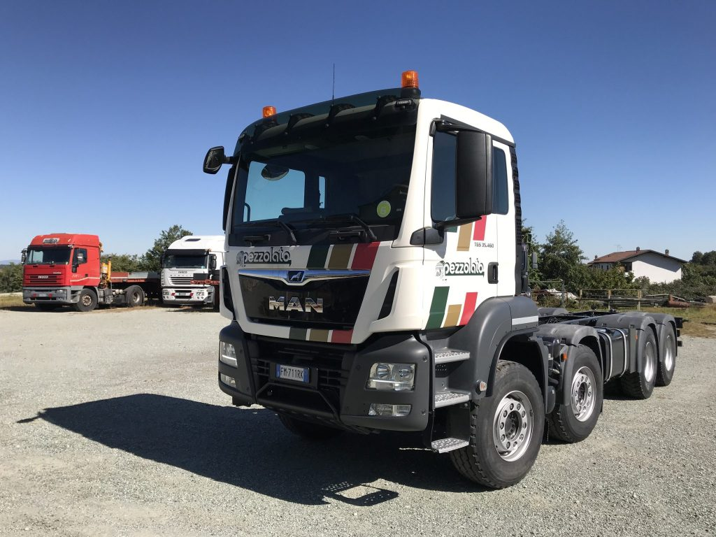 CAMION MAN TGS 35.460